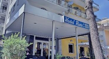 Hotel Rina